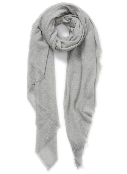 JANE CARR The Fray Wrap in Mist, pale grey woven pure cashmere scarf – tied