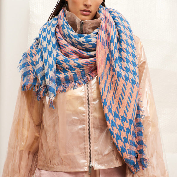 JANE CARR Houndstooth Square in Sweetpea, cotton scarf with Lurex - model