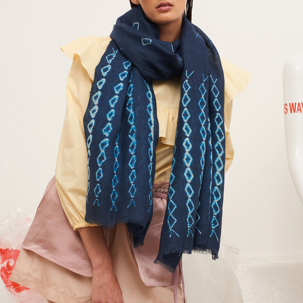 JANE CARR The Mojave Wrap in Indigo, linen tie-dye scarf - model