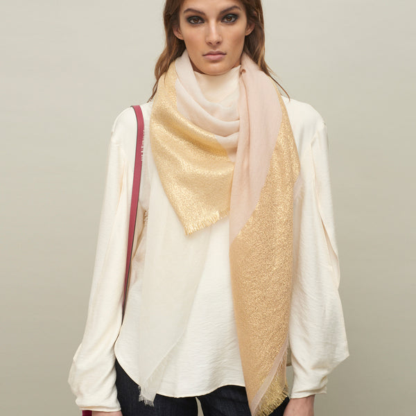 JANE CARR The Block Square in Poodle, two tone cashmere scarf with Lurex - model