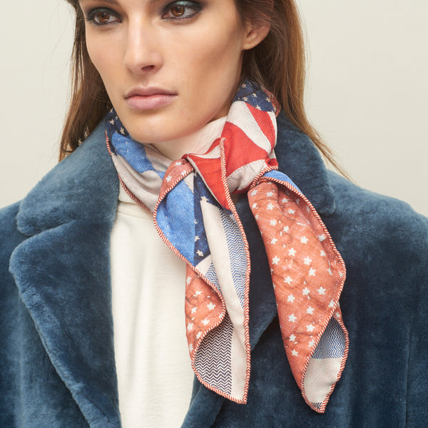 JANE CARR The Quilt Petit Foulard in Bleu-Blanc-Rouge, pure silk schappe printed scarf – model