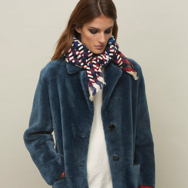 JANE CARR The Puppy Tooth Square in Bleu-Blanc-Rouge, mini checked cotton and Lurex scarf – model