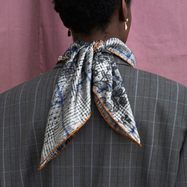 JANE CARR The Prince Petit Foulard in Mist, grey and black multicoloured printed silk twill scarf – model