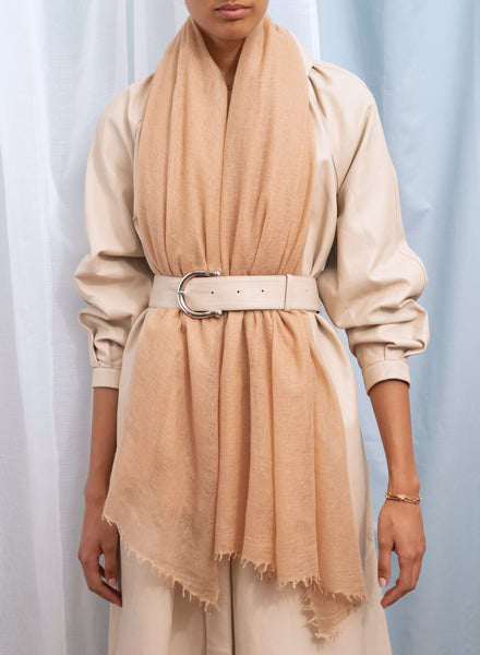The Featherweight in Toffee, camel woven cashmere scarf - model