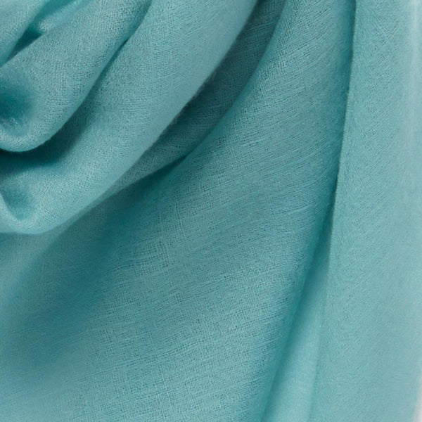 JANE CARR The Sheer Fray Square in Cactus, turquoise super fine pure cashmere scarf – Detail