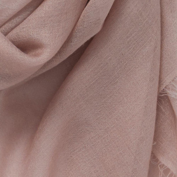 JANE CARR The Sheer Fray Square in Mauve, pink super fine pure cashmere scarf – Detail