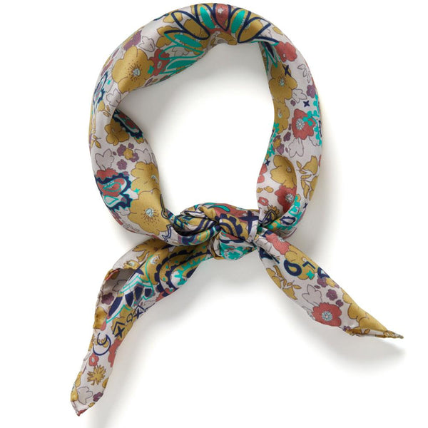 JANE CARR The Pixie Petit Foulard in Lichen, silk twill printed scarf – Tied