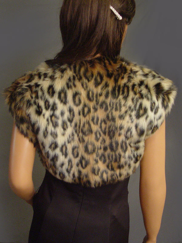 Bridgette in Leopard