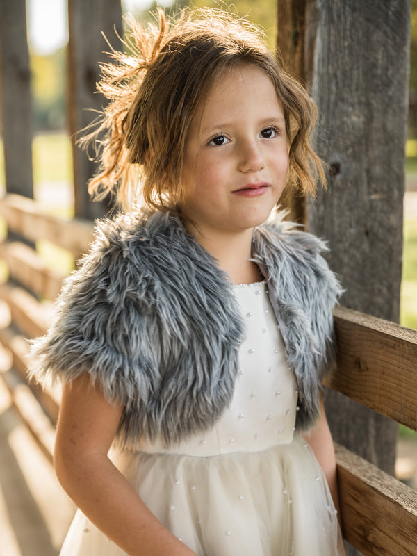 Little Audrey in Angora with short sleeves