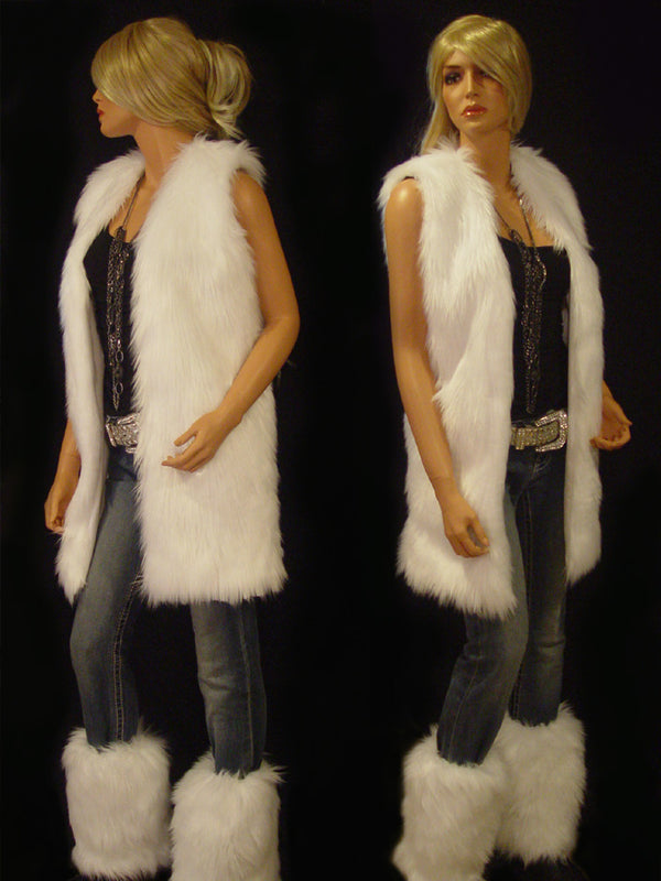 Katharine in white Angora (full length)