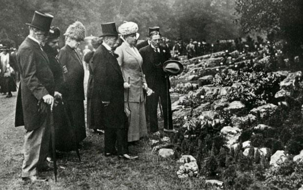 Queen Mary at the first Chelsea Flower Show in 1913