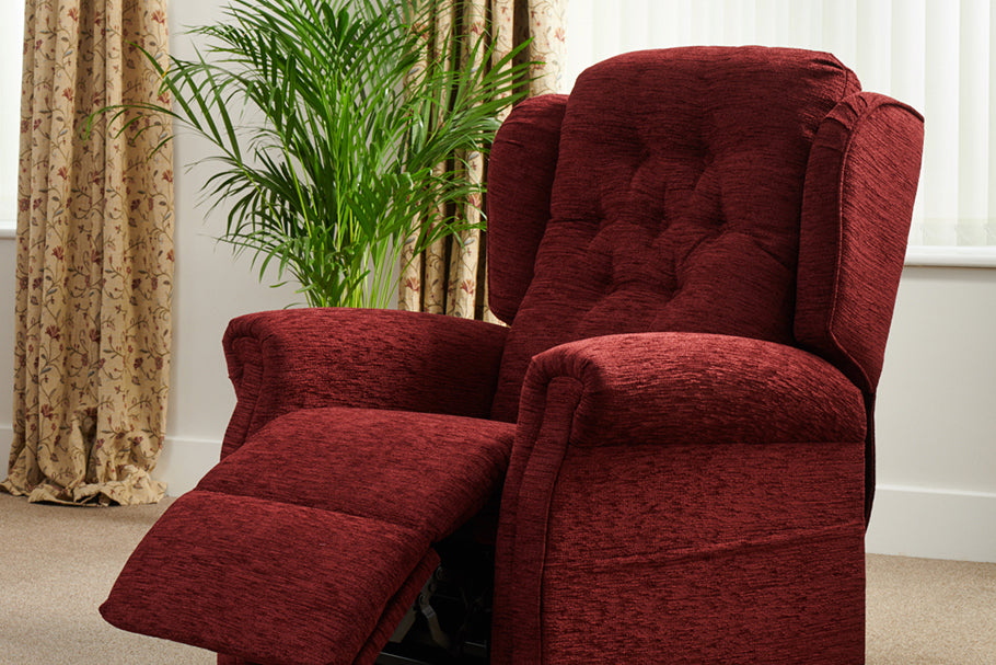 Middletons Balmoral made-to-fit rise and recline chair