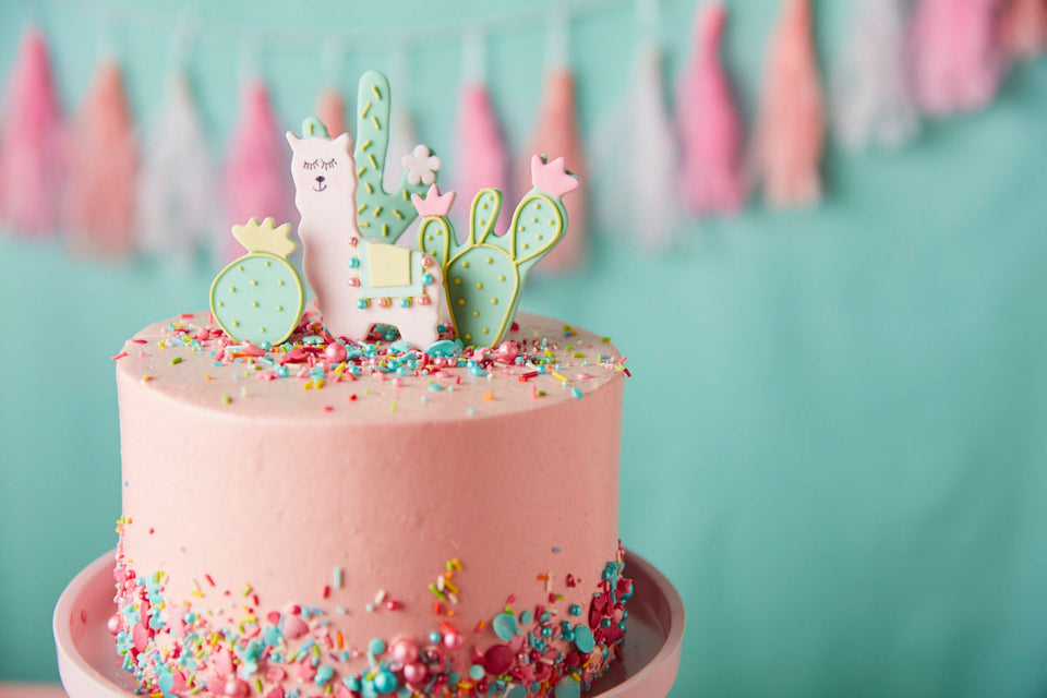 Peggy Porschen Lucky Llama party cake