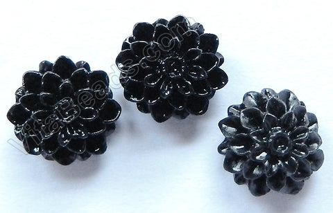 Carved Zinnia Pendent   Synthetic Black Stone