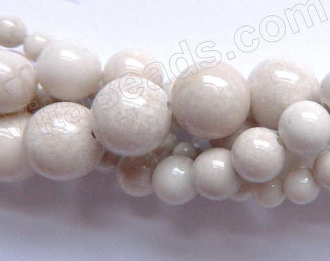Ivory Fossil Agate  -  Smooth Round Beads 16""