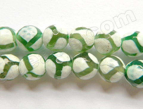 DZi Agate White w/ Olive Web Line  -  Faceted Round  14""