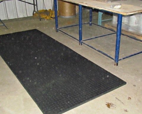 Industrial Floor Mats Are Perfect For Keeping Your Garage Flooring - Click together garage flooring