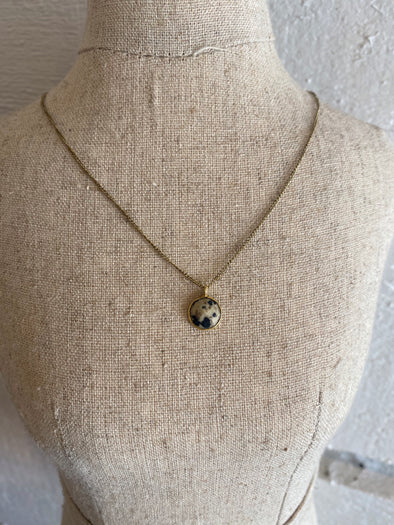 Speckled Gem Necklace