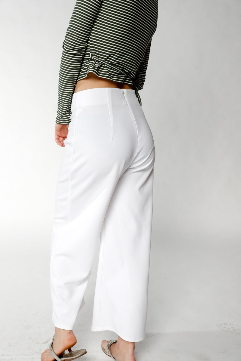 Flowy White Wide Capri