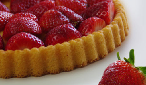 Schlunder Obsttortenboden Sponge Cake Layer provides an easy and quick way to make a fantastic dessert!
