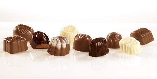Transatlantic Gift-Wrapped Belgian Chocolate Assortment - 16 Pieces