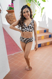 Two Piece White Leopard Print Girls Dancewear Performance Outfit