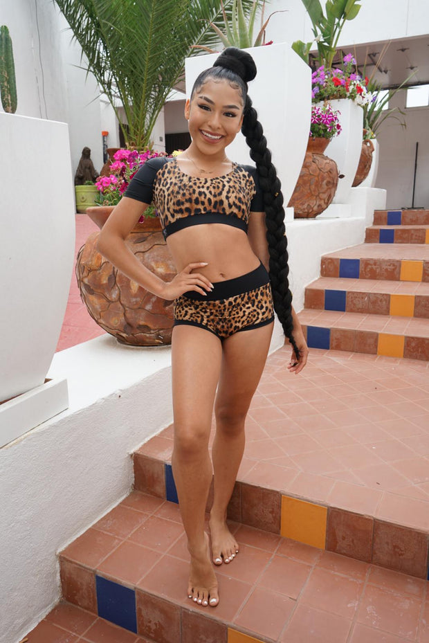 Two Piece Leopard Print Girls Dancewear Performance Outfit
