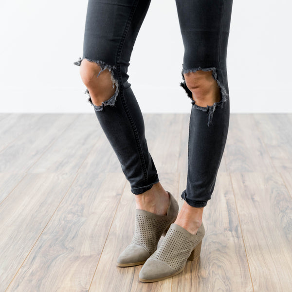 Raven Bootie in Taupe