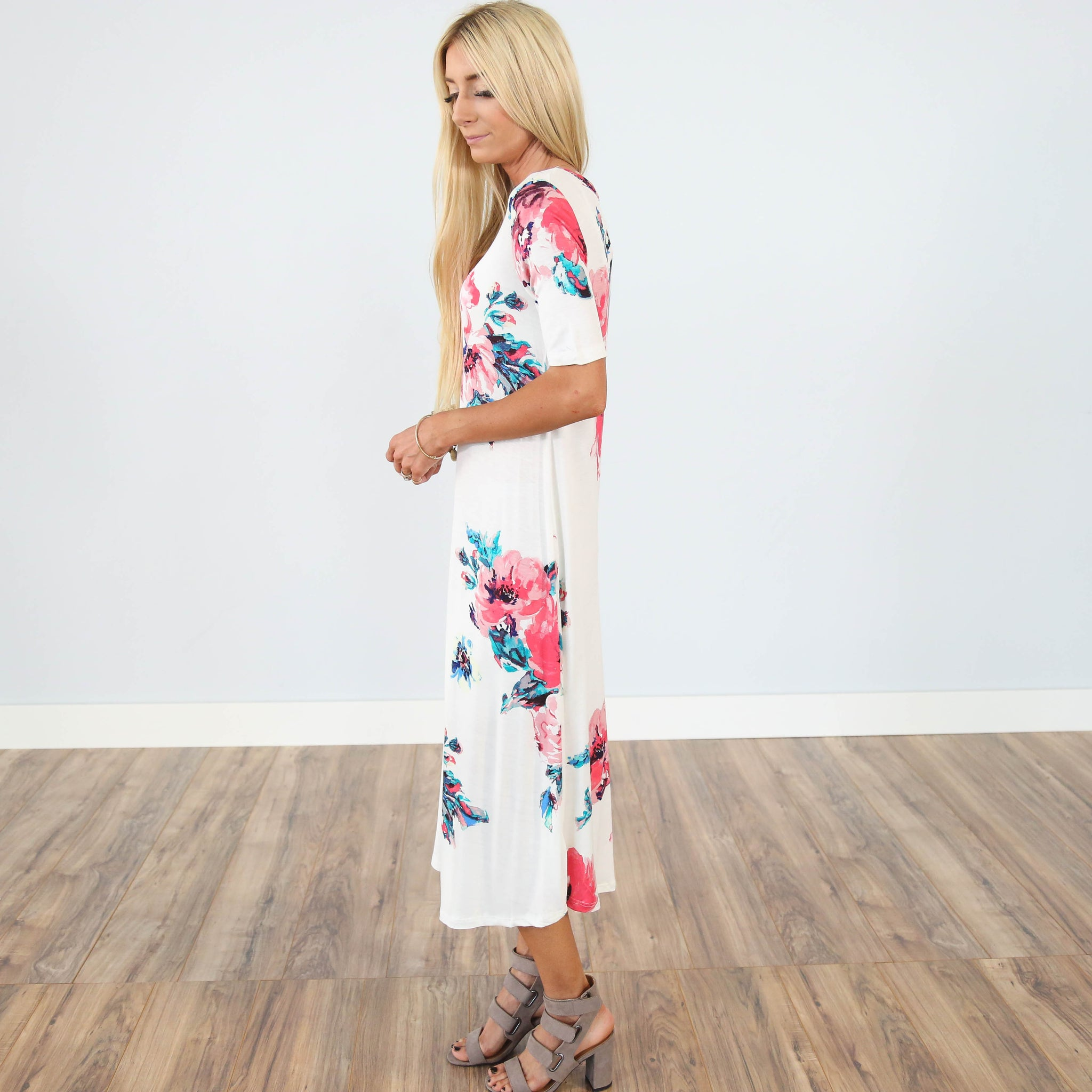 Connie Floral Dress in Ivory