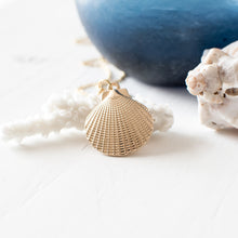 Large Shell Necklace