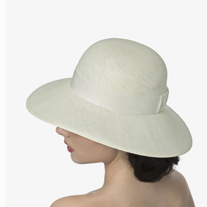 The Audrey, Ivory