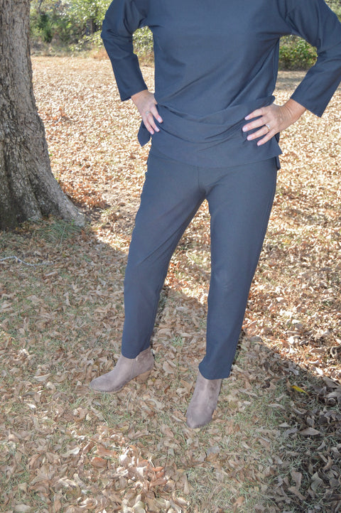 Eileen Fisher Washable Stretch Crepe Slim Ankle Pant with Yoke in Charcoal