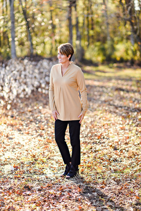 Renuar Longsleeve Knit Top in Tan