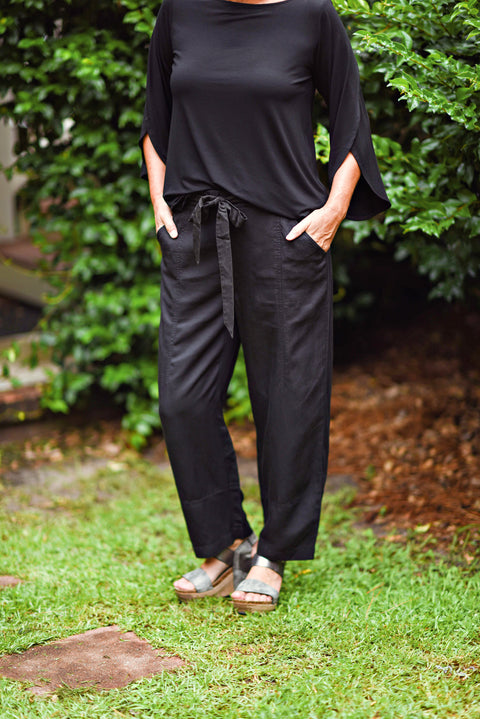 Eileen Fisher Lantern Tencel Ankle Pant in Black