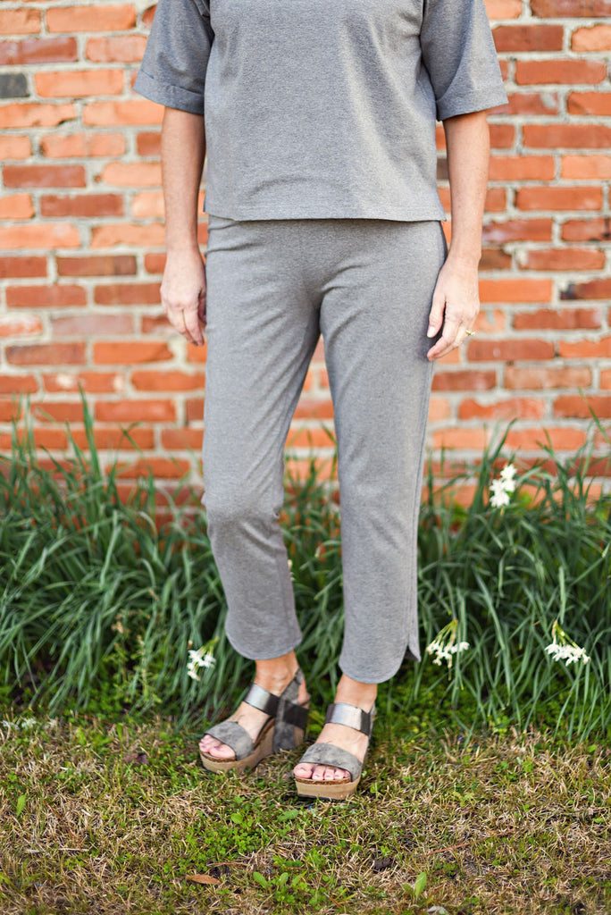 Eileen Fisher Heathered Organic Cotton Slim Ankle Pant in Moon