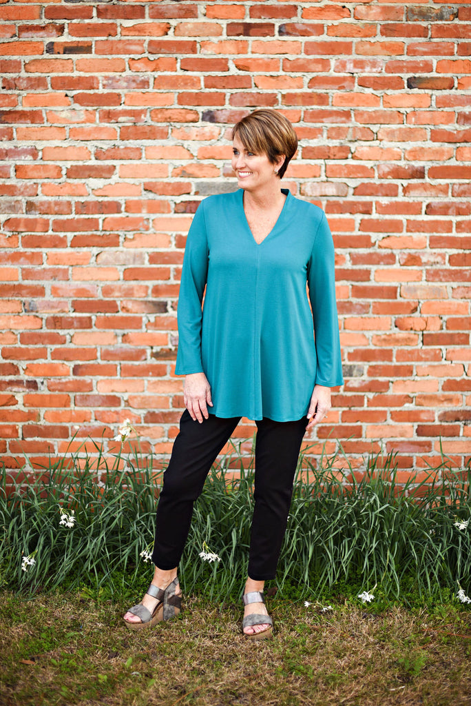 Eileen Fisher Viscose Jersey V-Neck Top in Teal