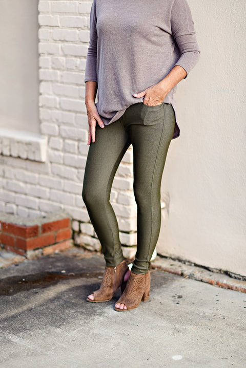 The Nest Best Jeggings in Army Green