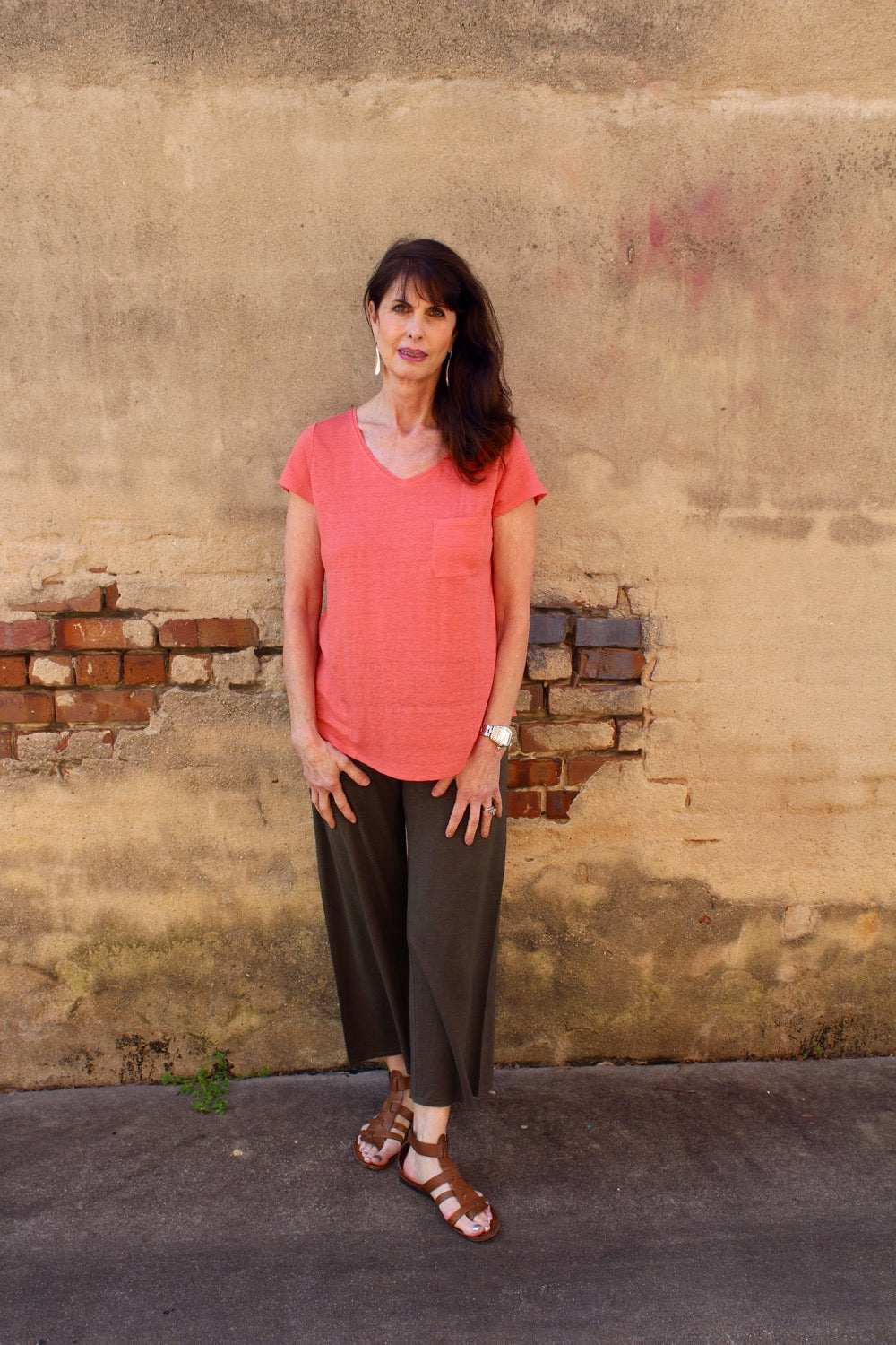 EILEEN FISHER V NECK S/S TEE IN LINEN JERSEY IN FLORA