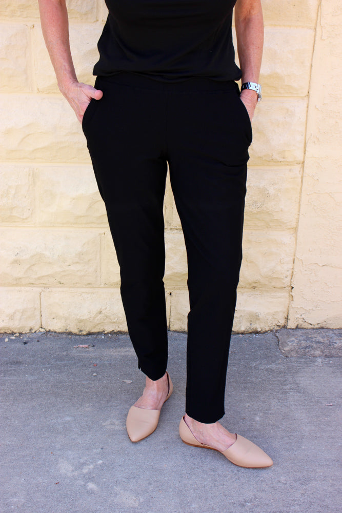6d28ea6872c27 Eileen Fisher Washable Stretch Crepe Slim Ankle Pant in Black With Pockets