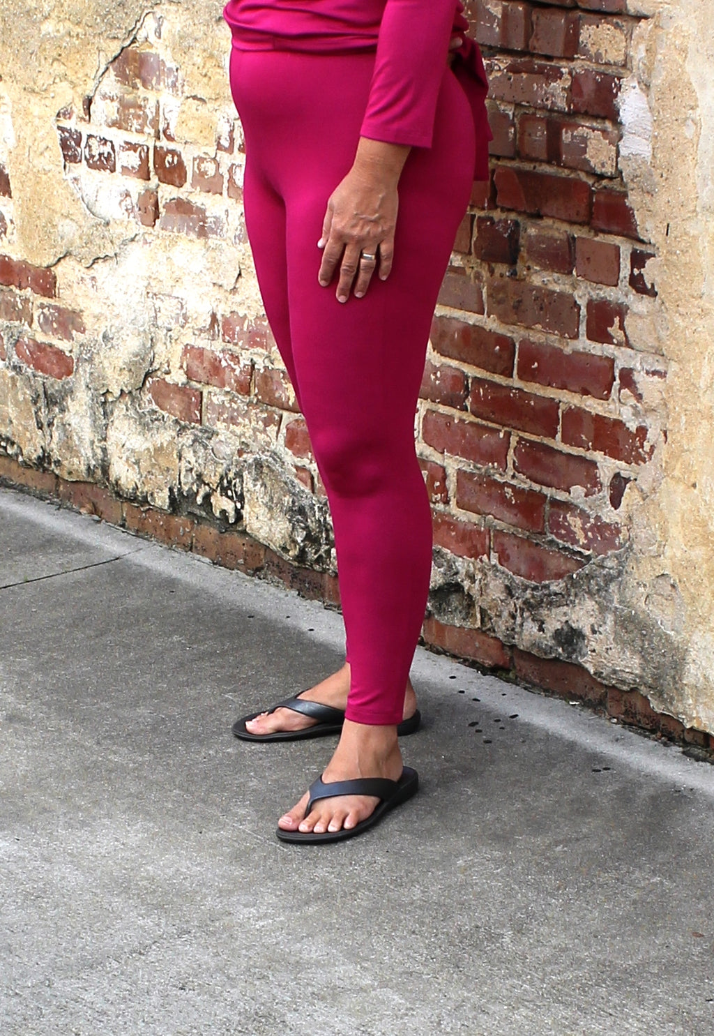 Comfy USA Long Legging in Deep Fuchsia
