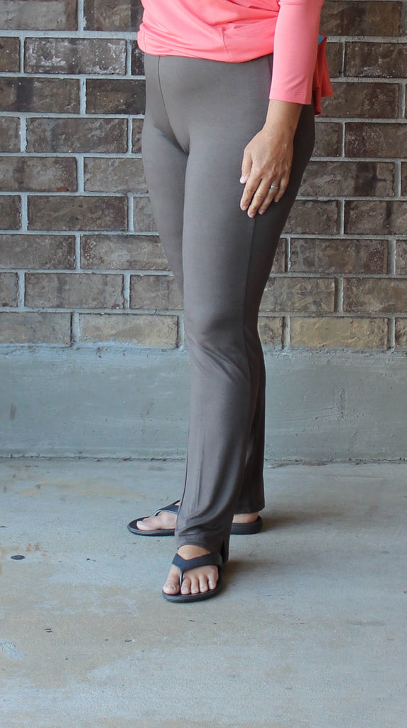 Comfy USA Narrow Pants in Musk