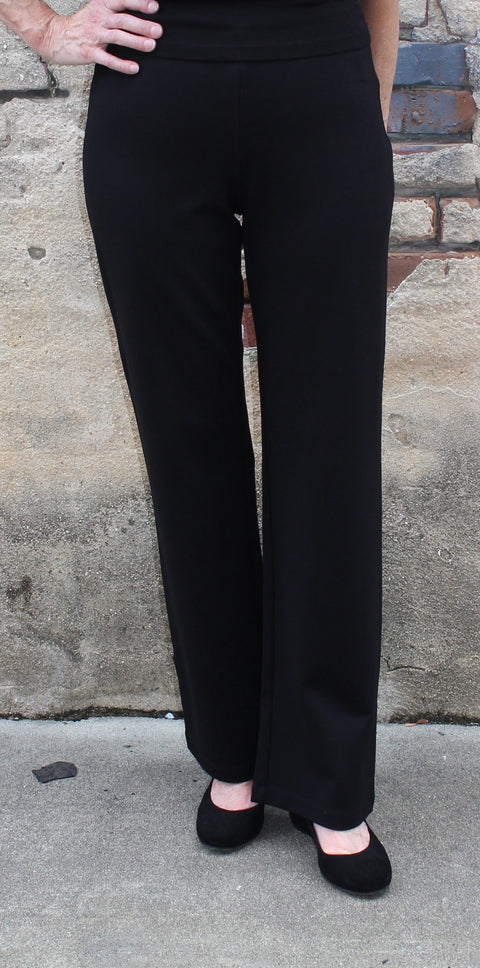 Eileen Fisher Straight Leg Pant in Viscose Stretch Ponte in Black