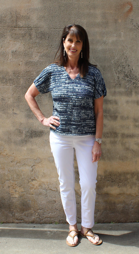 Eileen Fisher V Neck Short Sleeve Shaped Top in Brushstroke Cotton Tape