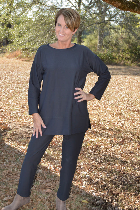 Eileen Fisher Lightweight Washable Stretch Crepe Roundneck Tunic in Charcoal