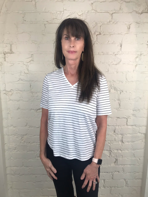 Eileen Fisher ORGANIC COTTON SLUB STRIPED V-NECK TEE in Black and white
