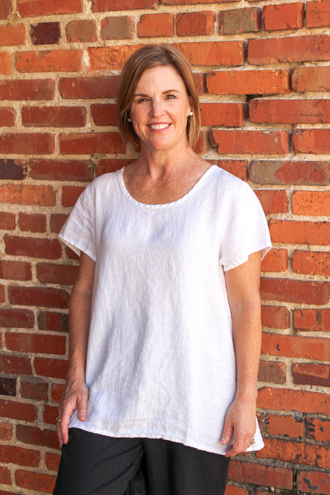 Flax Blossom Blouse in White Linen