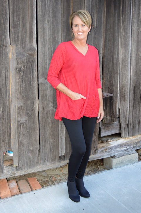 Comfy USA Vicki Tunic in Red Crinkle Pinstripe