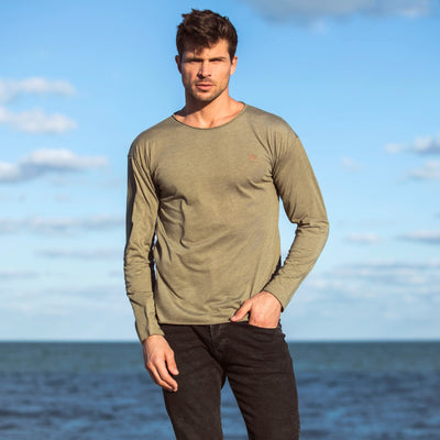 Just Hang No Hem Long Sleeve Shirt