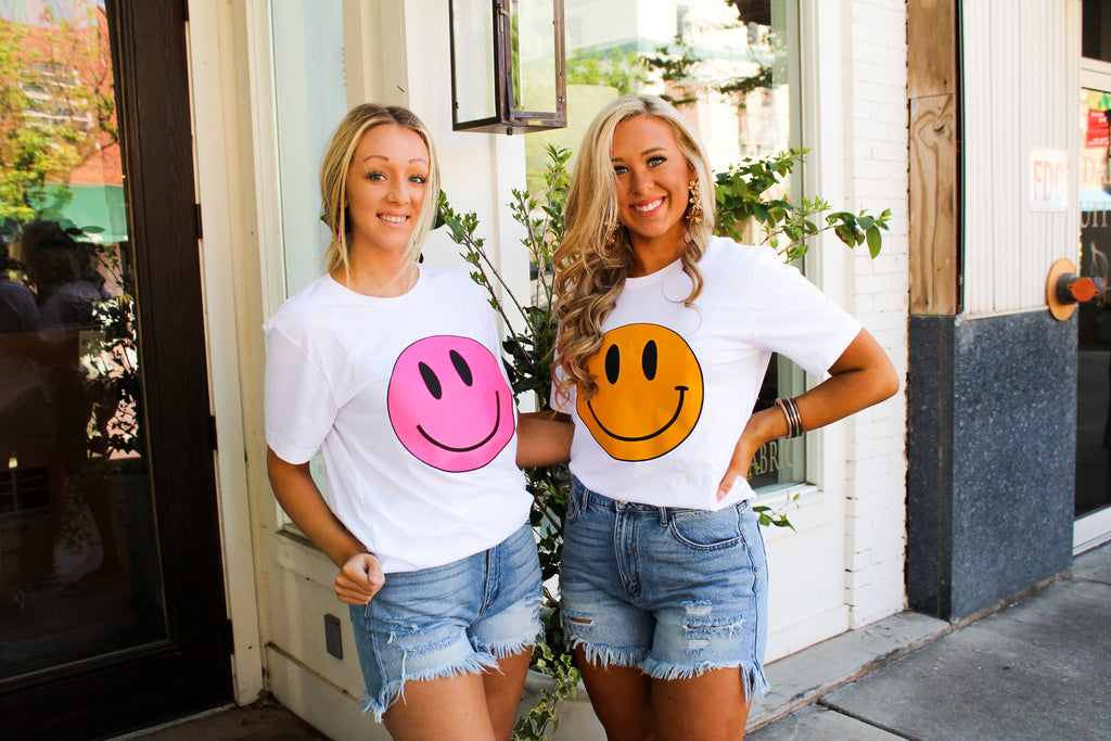 Smiley Face Tee in Hot Pink