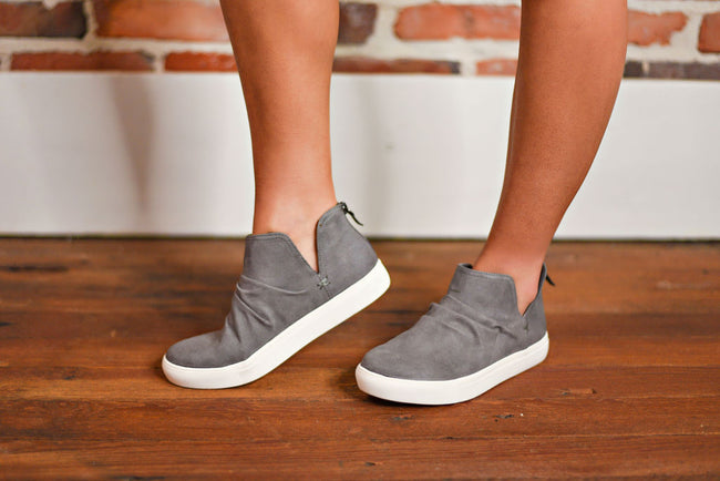Randie Sneaker in Charcoal